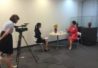 中野良子在中国文化中心接受联合采访