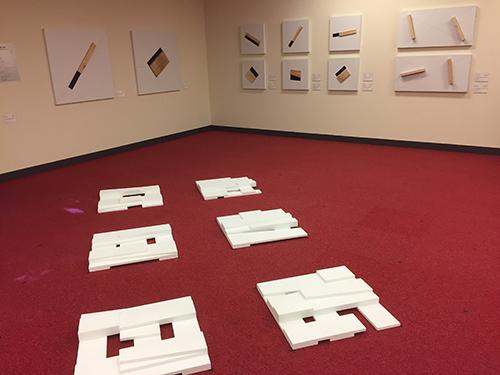 和吟東西中日5人展が文化センターで開幕
