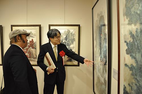 """""""长江之歌""""画展在文化中心举办"""