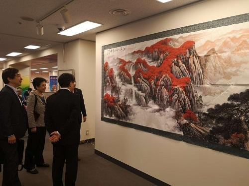 江山を描いて祖国の70歳を祝う