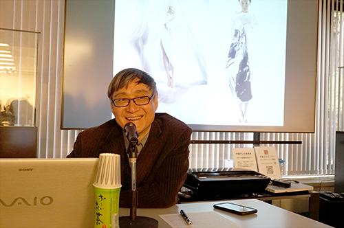 """潘公凯教授在文化中心讲述""""跨界–融合"""""""