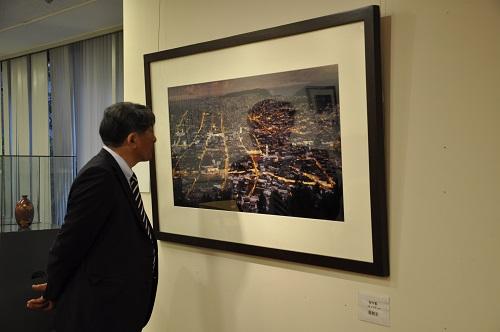 中日の懸け橋「意・芸・詣 中日書画写真交流展」開催