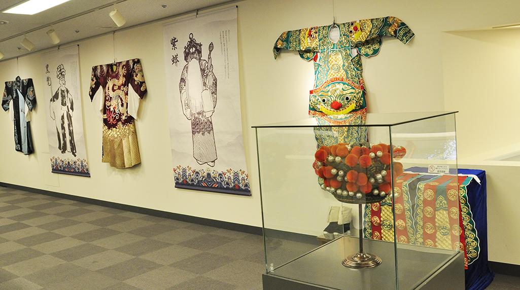 中国古典芸術の尽きない魅力 京劇芸術展が開催